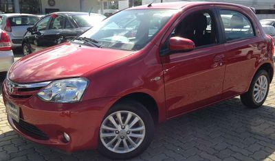 Toyota Etios Hatch Etios XLS 1.5 (Flex) 2014}