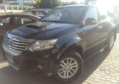 Toyota Hilux 3.0 SRV 4X4 CD 16V TURBO INTERCOOLER DIESEL 4P AUTOMÁTICO 2012}