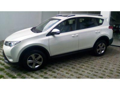 Toyota RAV4 2.5L 4x4 6AT 2015}