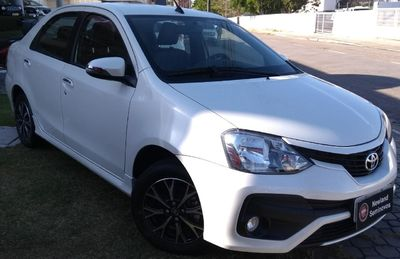 Toyota Etios Sedan Platinum 2016 2017}