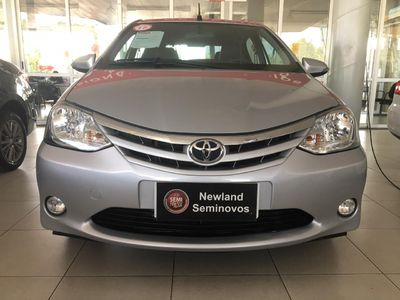 Toyota Etios Hatch XLS 1.5L Flex 2017}