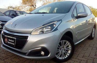 Peugeot 208 Allure 1.5L (Flex) 2017}