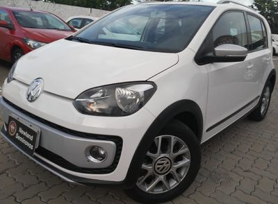 Volkswagen up! cross up! 1.0 I-Motion 2015}