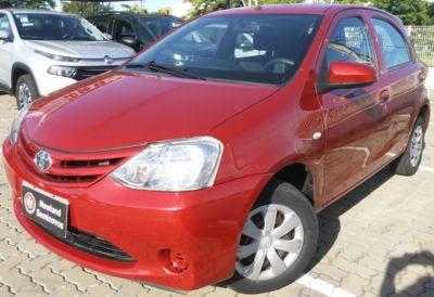 Toyota Etios Hatch Etios 1.3 (Flex) 2015}