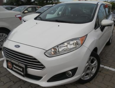 Ford New Fiesta Sedan SE 1.6 2015}
