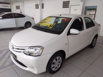 Toyota Etios Sedan X 1.5 Flex 2015}