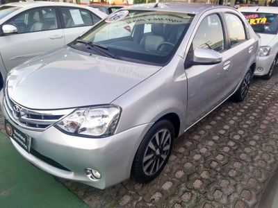 Toyota Etios Sedan Platinum 2016 2016}