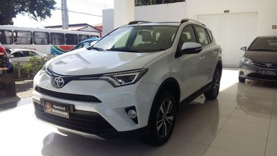Toyota RAV4 2.0L 4x2 CVT Top 2018}