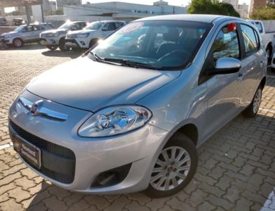 Fiat Palio Attractive 1.0 8V (Flex) 2017}