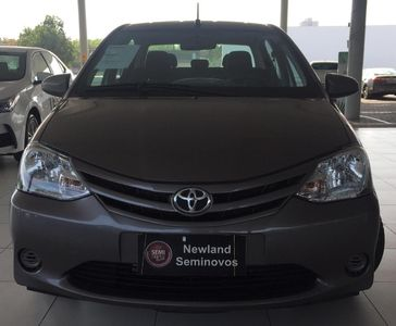 Toyota Etios Sedan X 1.5 Flex 2017}
