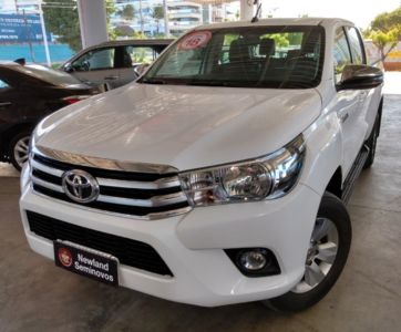 Toyota Hilux Cabine Dupla SRV A/T 4x4 Diesel 2018}
