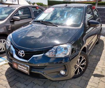 Toyota Etios Sedan Platinum 1.5 2018}