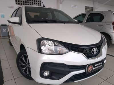 Toyota Etios Sedan Platinum 1.5L Flex 2019}