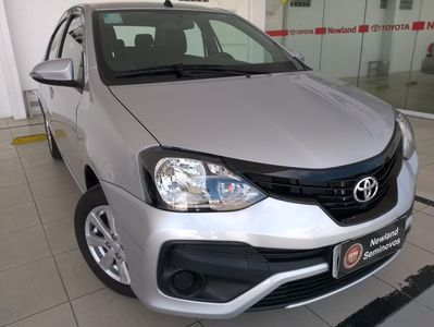 Toyota Etios Sedan X Plus 1.5 2020}