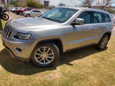 Jeep Grand Cherokee Limited 3.0 V6 2014}