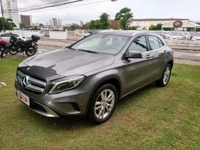 Mercedes-Benz GLA 200 1.6 200 FF Advance 2016}
