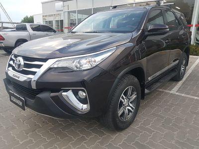 Toyota SW4 SR 2.7 4x2 5 Lugares Aut 2018}
