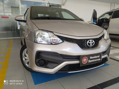 Toyota Etios Sedan XS 1.5 (Aut) 2018}