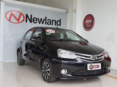 Toyota Etios Sedan Platinum 1.5 2016}