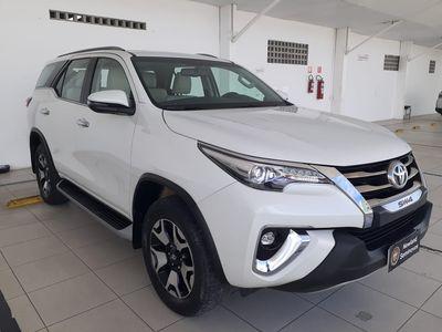 Toyota SW4 SRX 2.8L 4x4 Diesel 2019}