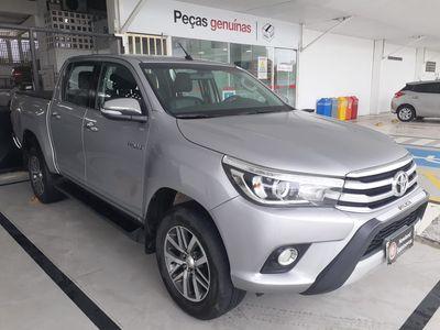 Toyota Hilux 2.8 SRX 4X4 CD 16V 2016}