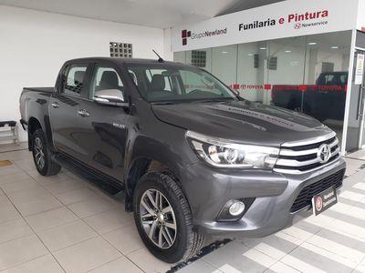 Toyota Hilux 2.8 SRX 4X4 CD 16V 2017}