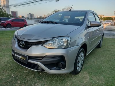 Toyota Etios Sedan XS 1.5L (Flex) 2018}