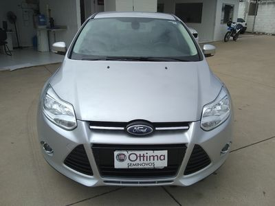 Ford Focus Hatch Titanium Plus 2.0 PowerShift 2015}