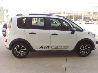 Citroën Aircross Tendance 1.6 16V. AT 2015}