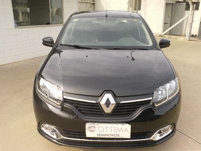 Renault Logan Dynamique 1.6 8v (Flex) 2015}