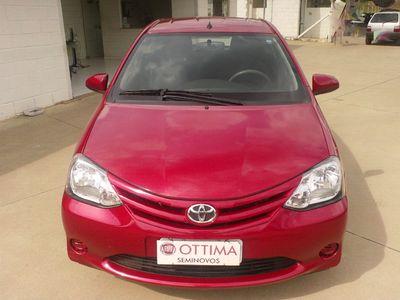 Toyota Etios Hatch Etios X 1.3 (Flex) 2014}
