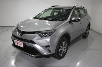 Toyota RAV4 2.0 4x2 (Aut) 2017}