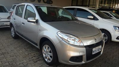 Renault Sandero Expression 1.6 2012}
