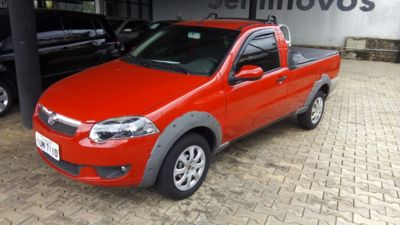 Fiat Strada Trekking 1.6 16V (Flex) 2013}