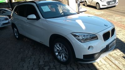 BMW X1 sDrive18i Top 2.0 16V 2015}