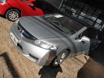 Honda Civic New  LXL 1.8 16V (flex) 2010}