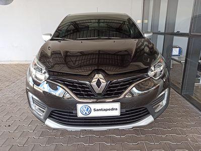 Renault Captur Bose 1.6 CVT X-TRONIC 2021}