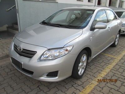 Toyota Corolla Sedan GLi 1.8 16V (flex) (aut) 2011}