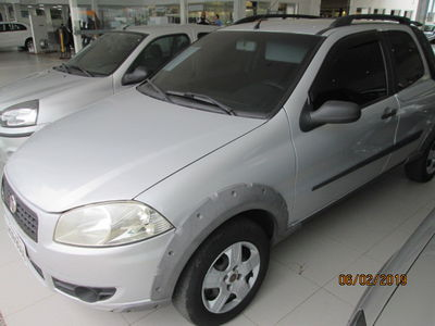 Fiat Strada Working 1.4 (Flex) (Cab Dupla) 2011}