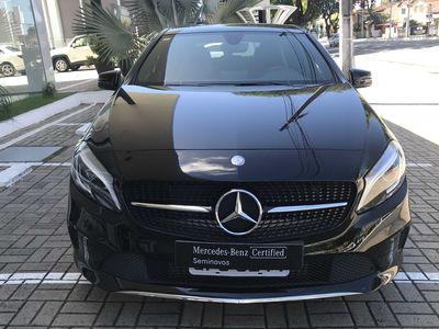 Mercedes-Benz Classe A A 200 FF 1.6 7G-TRONIC 2017}