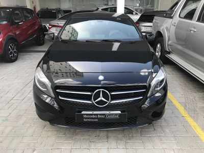 Mercedes-Benz Classe A 200 Urban 1.6 DCT Turbo 2015}