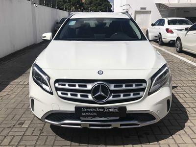 Mercedes-Benz GLA 200 1.6 Vision 2018}