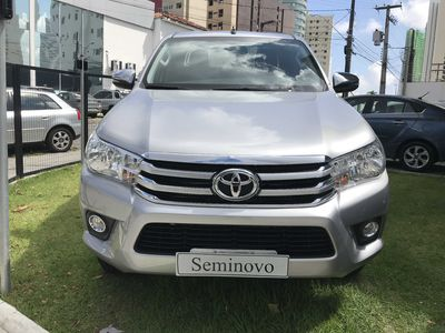 Toyota Hilux Cabine Dupla SRV A/T 4x4 Diesel 2018}