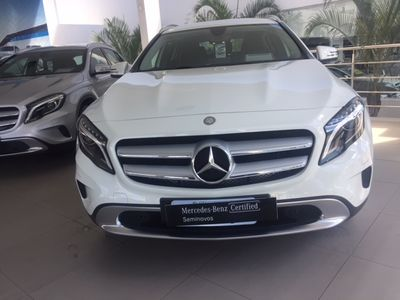 Mercedes-Benz GLA 200 1.6 Vision 2017}