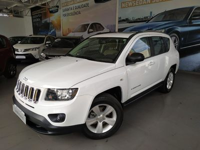 Jeep Compass 2.0 (Aut) 2015}