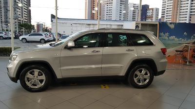 Jeep Grand Cherokee Limited 3.6 (aut) 2012}