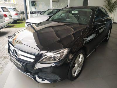 Mercedes-Benz C 180 1.6 CGI Avantgarde Turbo (Aut) 2016}