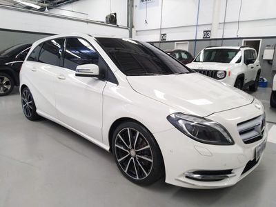 Mercedes-Benz Classe B B 200 1.6 Turbo Sport 2014}