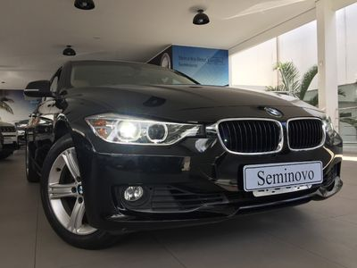 BMW 320i 2.0 Turbo Active (Aut) 2015}
