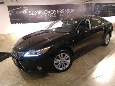 Lexus ES 350 3.5 V6 2015}